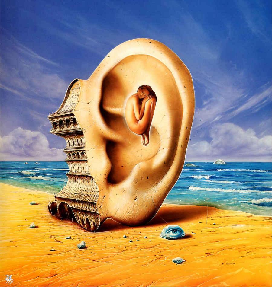 femme oreille